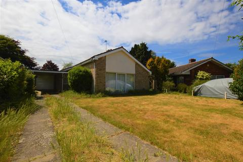 3 bedroom detached bungalow for sale - Charles Close, Acle, Norwich