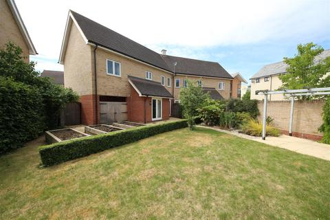 3 bedroom semi-detached house for sale - Foxglove Way, Cambridge