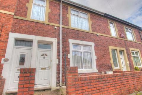 2 bedroom flat to rent - Esk Street, Gateshead