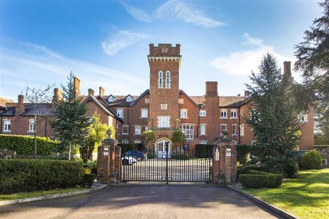 3 bedroom apartment for sale - 10 Bedwell Hall, Essendon Country Club, Hertfordshire