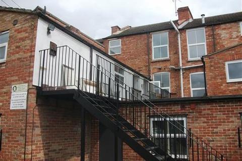 2 bedroom flat to rent - Cowper Street, Northampton