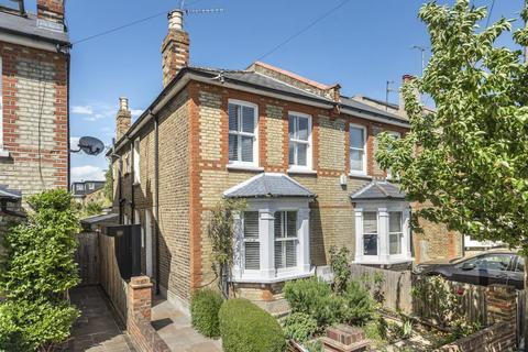 3 bedroom semi-detached house for sale - Wyndham Road, Kingston Upon Thames