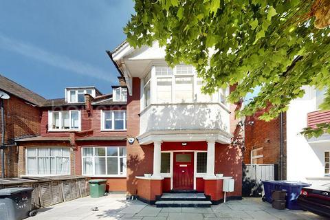 3 bedroom flat for sale - Woodstock Road, NW11