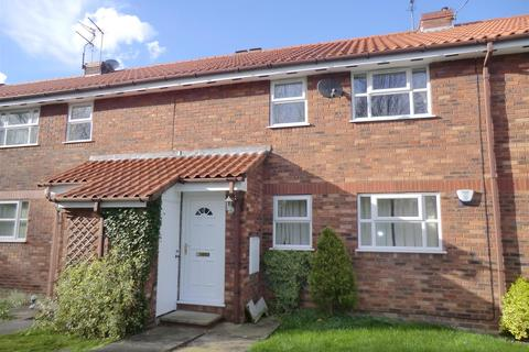 2 bedroom flat to rent - Minster Avenue, Beverley