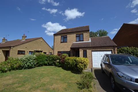 3 bedroom detached house for sale - Earl Close, Dersingham, King's Lynn