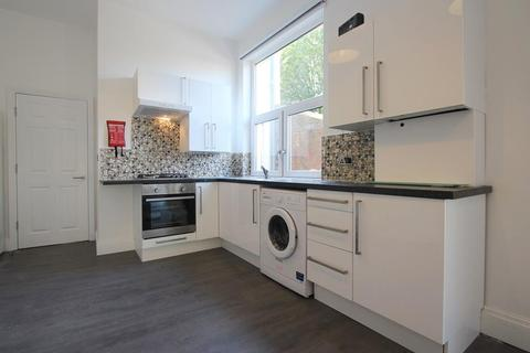 1 bedroom flat to rent - Connaught Road, Roath