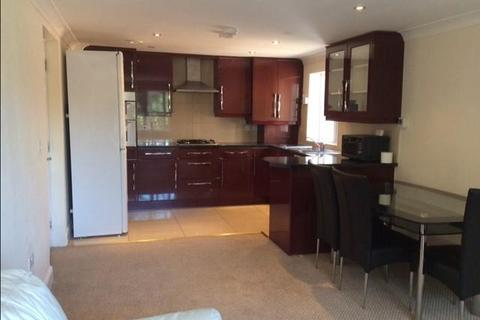 1 bedroom apartment to rent - Flat 2, 69 Lampton RoadHounslowMiddlesexWest London