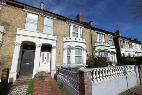 5 bedroom terraced house for sale - Casselden Road, London