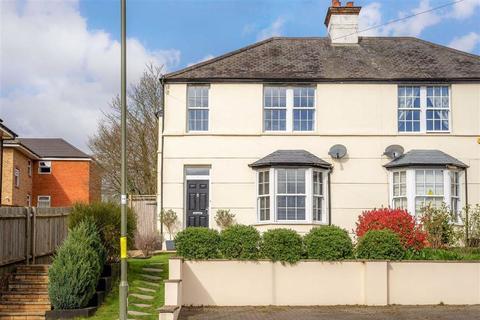3 bedroom house for sale - Bells Hill, Barnet, Hertfordshire
