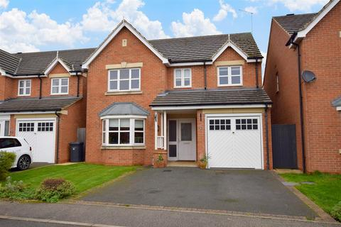4 bedroom detached house for sale - Poppyfields Drive, Mickleover, Derby