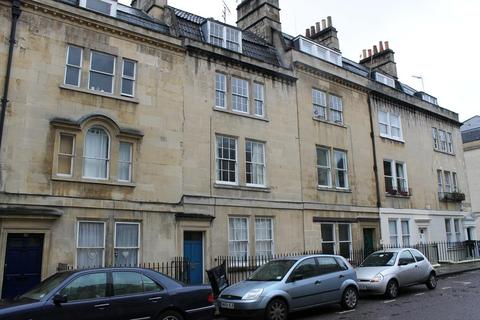 2 bedroom maisonette to rent - New King Street