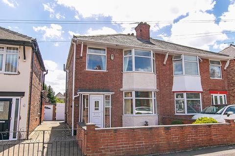 3 bedroom semi-detached house for sale - Cliff Road, Carlton, Nottingham
