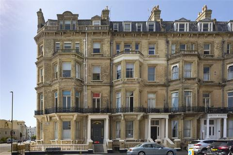 2 bedroom apartment for sale - Kings Gardens, Hove, East Sussex, BN3