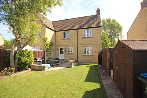 3 bedroom semi-detached house for sale - Gordon Way, Witney, Oxfordshire, OX28