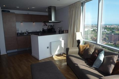 2 bedroom property to rent - Admiralty Tower, Queen Street, Portsmouth, PO1