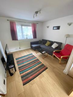 3 bedroom flat to rent - Panama House, Stepney Green, E1