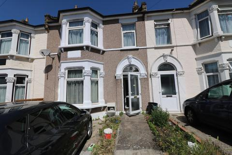 4 bedroom terraced house to rent - Hamilton Road, Ilford, Essex, IG1