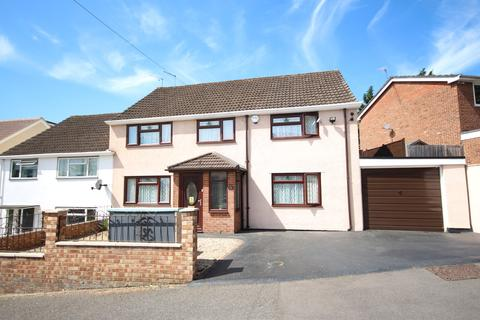 4 bedroom semi-detached house for sale - Maidenhead