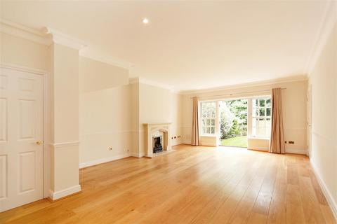 4 bedroom detached house to rent - Rydon Mews, Wimbledon, London, SW19
