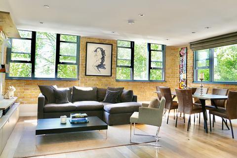 2 bedroom flat for sale - 12 Lawn Lane, London, SW8