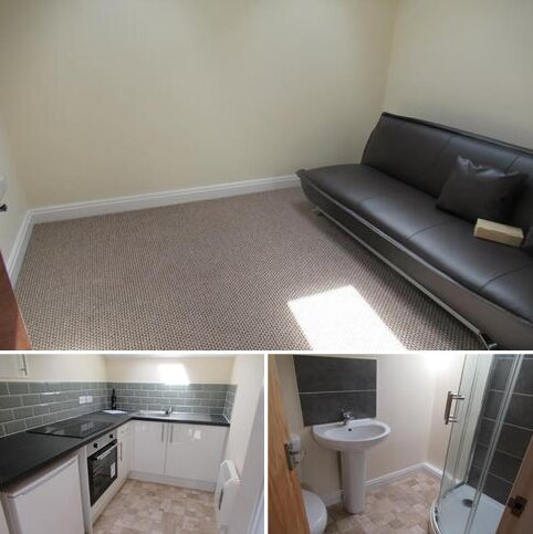 Studio to rent - 1H Brown Street North, Leigh WN7