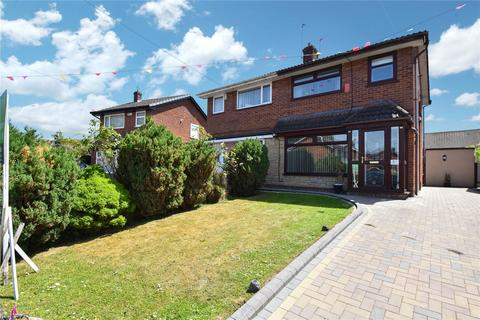 3 bedroom semi-detached house for sale - Harrow Close, Bury, Lancashire, BL9