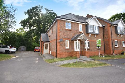 2 bedroom maisonette for sale - Woodland Crescent, Farnborough, Hampshire, GU14