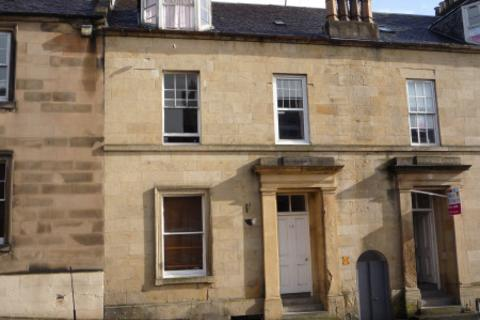 4 bedroom townhouse to rent - Queen Street, Stirling Town, Stirling, FK8 1HN