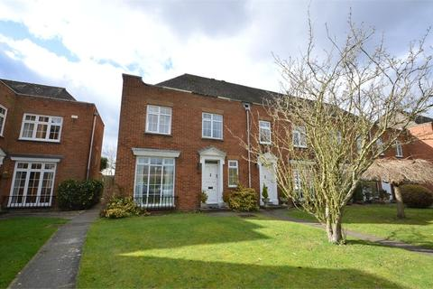 3 bedroom end of terrace house to rent - Mulberry Trees, SHEPPERTON, Surrey