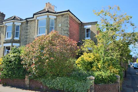 4 bedroom semi-detached house for sale - Southampton