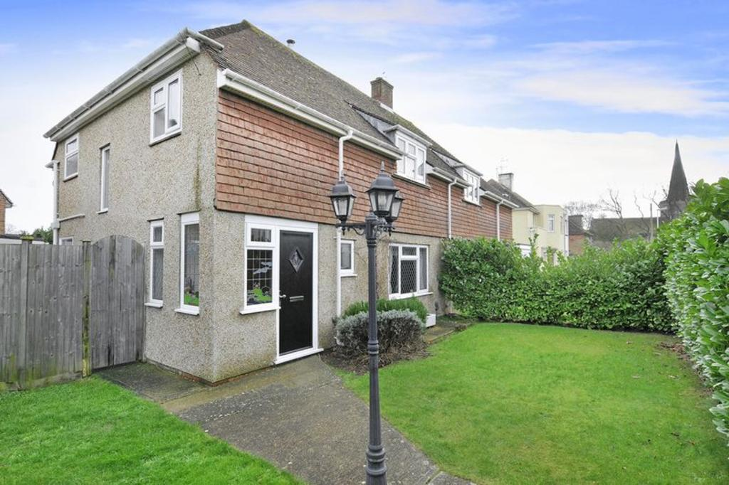 3 Bedrooms Semi Detached House for sale in Church Way, Worthing