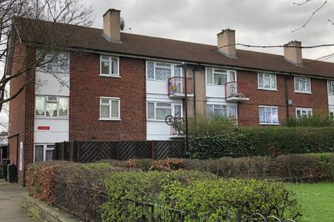 2 bedroom flat for sale - Claremont Road, Forest Gate