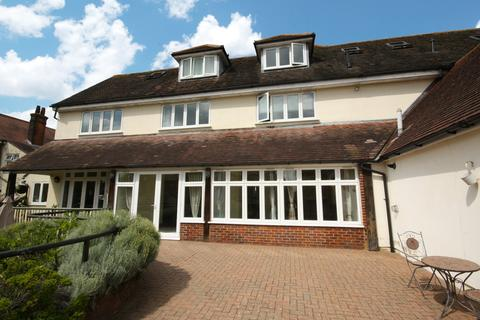 2 bedroom apartment for sale - Roxwell Road, Chelmsford