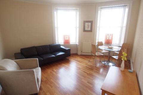 2 bedroom flat to rent - Victoria Road, First Floor Left, AB11