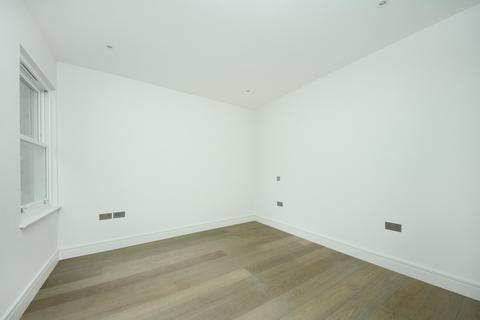 2 bedroom flat to rent - Acton High Street, W3