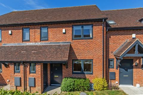 2 bedroom terraced house for sale - Broadview Close, Kings Worthy, Winchester, SO23