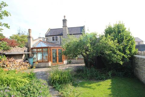4 bedroom detached house to rent - Darlington Road, Bath