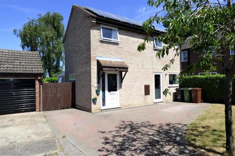 3 bedroom detached house for sale - Rectory Close, Long Stratton