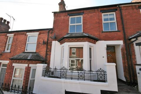 3 bedroom terraced house to rent - Fairfield Street, Lincoln