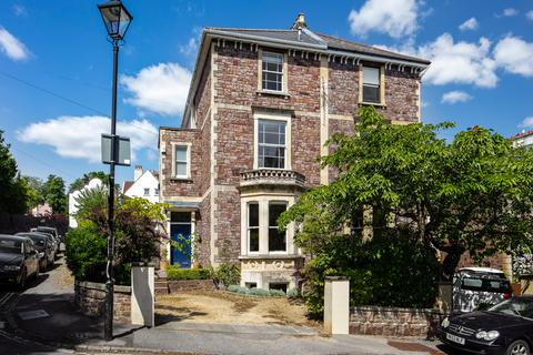 4 bedroom semi-detached house for sale - Glentworth Road, Clifton, Bristol, BS8