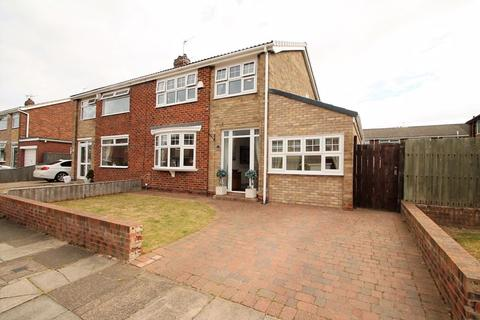 3 bedroom semi-detached house for sale - Middleton Avenue, Billingham