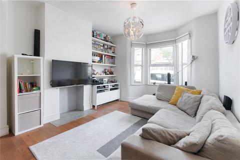 3 bedroom terraced house for sale - Shakespeare Road, London, E17