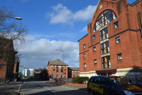 2 bedroom flat to rent - 15 Blake Court, Schooner Way, Cardiff Bay, Cardiff, South Wales, CF10 4DW