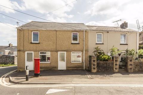 3 bedroom terraced house for sale - High Street, Pontypool REF#00009478