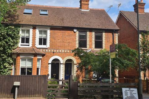 3 bedroom house to rent - 2 Holmleigh Cottages, Priory Road, Ascot