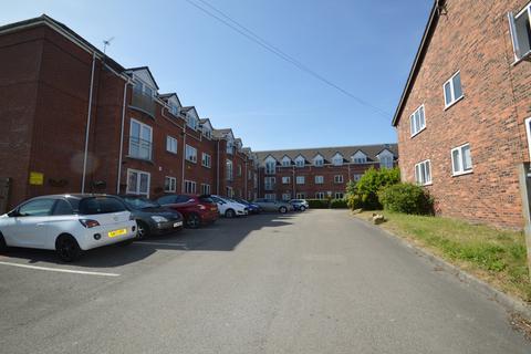 2 bedroom flat to rent - Little Moss Court, Little Moss Lane, Manchester