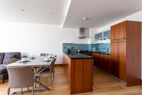 2 bedroom house to rent - Baker Street, London