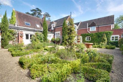 6 bedroom detached house for sale - Watling Street, Elstree, Hertfordshire