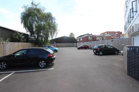 1 bedroom apartment to rent - Kingsbury Road, Southampton, SO14