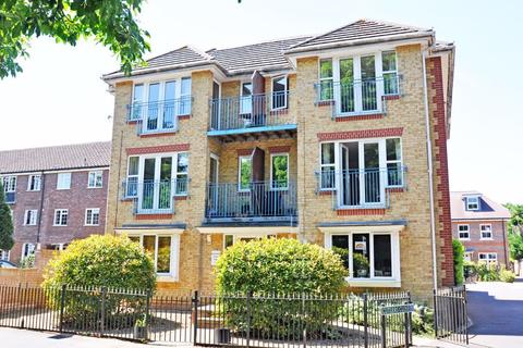2 bedroom apartment to rent - Hazelwood Court